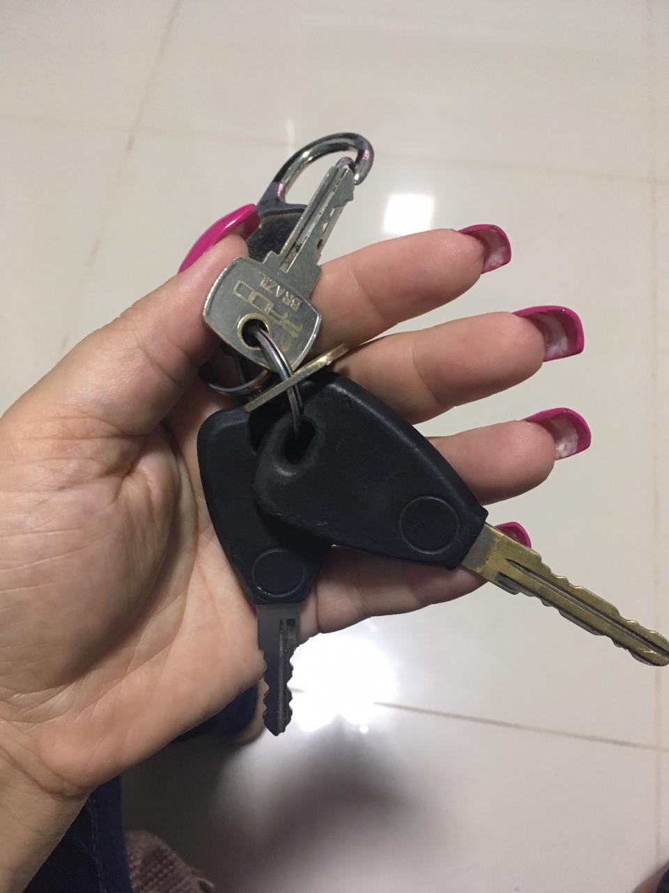 Encontrado chaveiro na Estrada da Pedreira - CGN